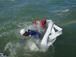 Yan Baczkowski flyboarding - in the water