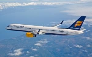 Icelandair 757